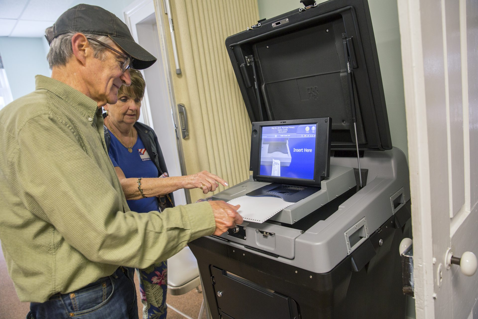 Pa. spends double when they use touch-screen voting machines