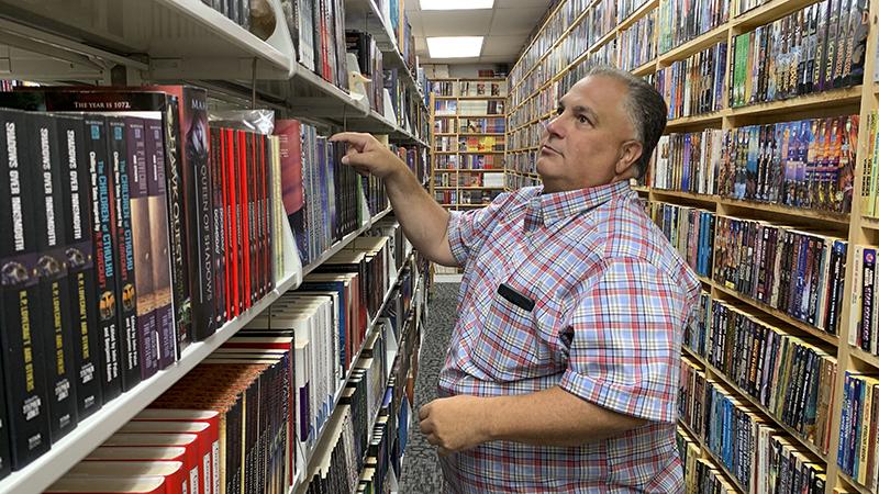 'Like Christmas every day': Fleur Fine Books expanding store, warehouse – Port Arthur News