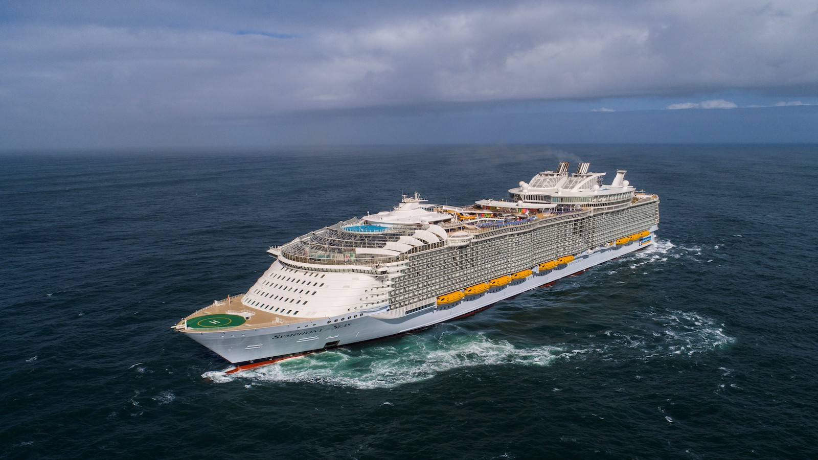 Cruise ship food supplies: Amazing statistics on how much passengers eat