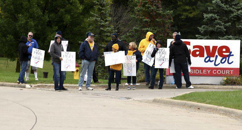 Localwarehouse votes to unionize | Local News
