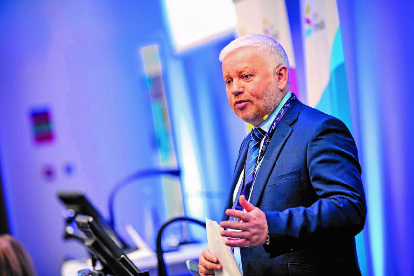 North Sea wind projects 'not enough' to support Scottish supply chain, SSE boss warns
