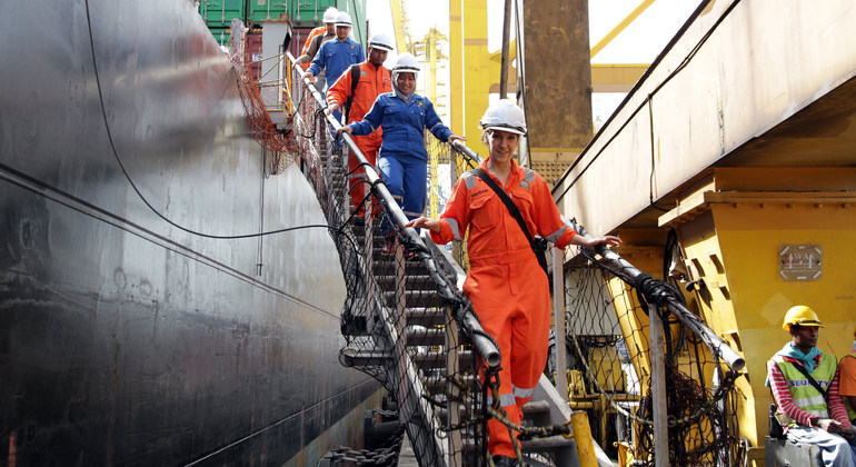 Seafarers, heroes of the pandemic as shipping plays vital role in crisis |